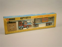 Lot 201 - A Corgi Chipperfield 's Circus Gift Set