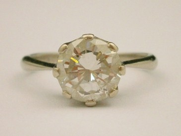 Lot 83 A Diamond Solitaire Ring