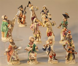 Lot 70 Meissen Monkey Band Group