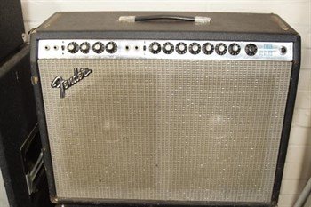 Lot 403 A mid 1970's Fender Twin Reverb guitar amplifier