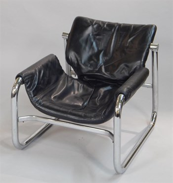 Lot 25 Eames Style Chair Black Leather
