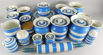 Thumbnail _lot 17 A large collection of T & G Green Cornishware