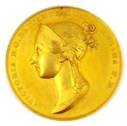 1187 Coronation of Queen Victoria 1838 36mm dia. in gold Eimer 1315 the official Royal Mint issue by B.Pistrucci