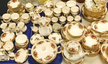 Lot 21 A large quantity of Royal Albert Old Country Roses pattern tea and dinner ware