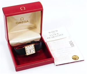 Lot 3 A gentleman's Omega De Ville wristwatch